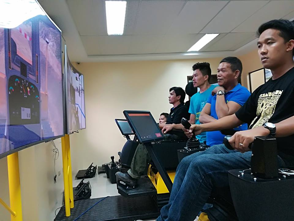 3-ulticon-builders-acreos-simulators-charlie-carlos-lisandro-gonzalez-davao